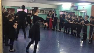 Произвольная форма танца. Ансамбль кавказского танца
