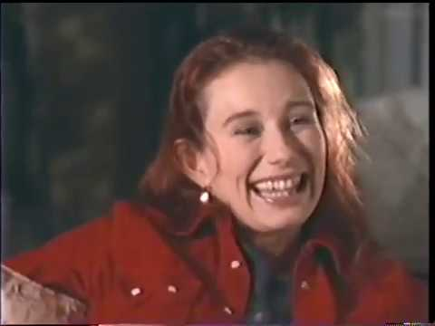 Tori Amos - Down by the Seaside (1995 Promo Film)