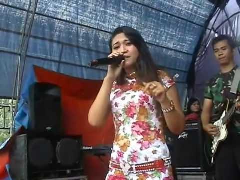 Bintang Music ,,Bibir Berdusta Miss Dini..Osvs Raweuy..obotzhecameramanngezoom.