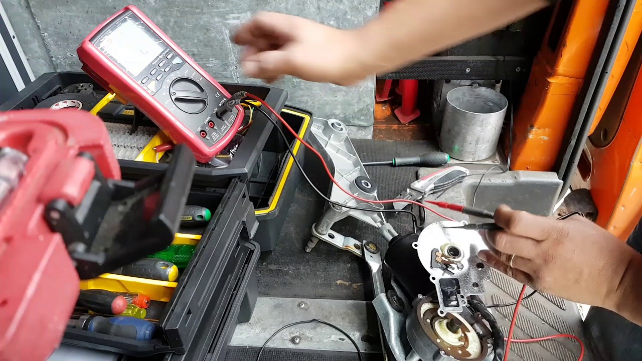 Mercedes Ml Front Wipers Not Working The Disassembly And Assembly Benz C240 Fuse Diagram Repair
