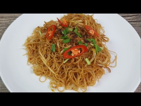 Malay Style Rice Vermicelli (Mee Hoon Goreng/马来香辣炒米粉) - YouTube