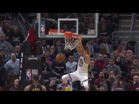 Stephen Curry DUNK vs Cavaliers