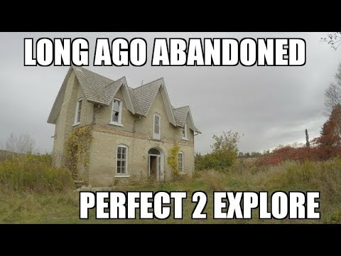 Exploring a Forgotten Abandoned Farm House