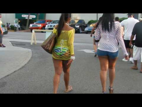 Thick Girl walking around the Landmark from YouTube · Duration:  22 seconds