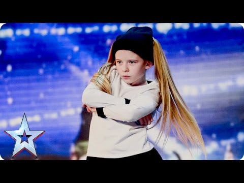 Paisley Kerswell brings the sass!  | Week 1 Auditions | Britain鈥檚 Got Talent 2016