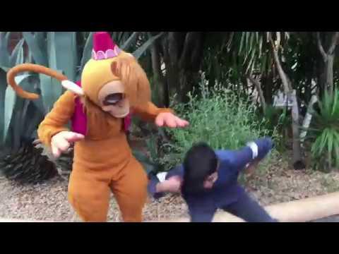 """東京ディズニーシーで""""mask off""""と""""shoot dance"""" Doing the Mask off and Shoot dance at Tokyo DisneySea"""