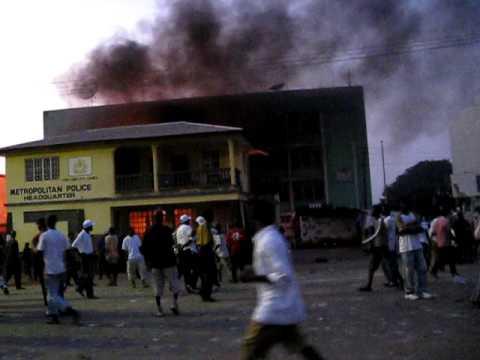Opposition Headquarters Burns in Sierra Leone