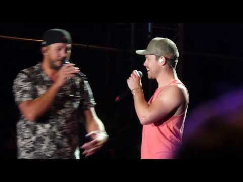 "CMP 2020: 1/25 Luke Bryan & Dustin Lynch ""Play Something Country"""