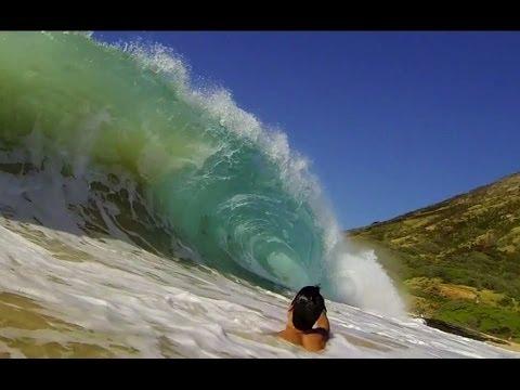 Big shorebreak- Neck breaking, Back breaking Sandy Beach