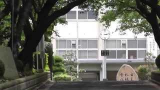 主人公の高橋克実が新米コーチとして赴任することになった桜台高校の校...