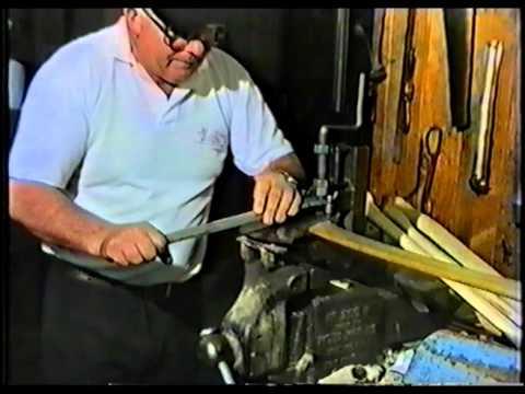 Axe&Saw Repairs Tuatahi Part 1, the grinding jig