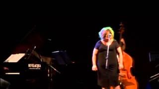 LINDA VALORI - Eyala - Richard Bona