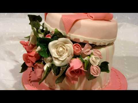 Valentines Day Cake Pink And White Flowers Cake