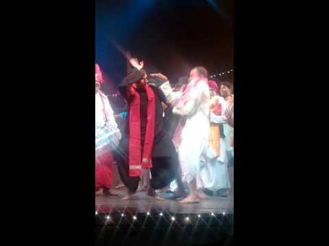 Gaon ka shaadi dance