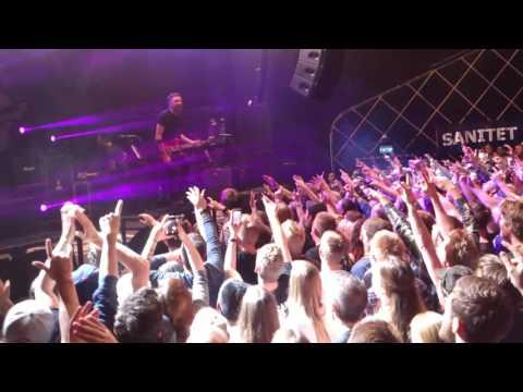 RISE AGAINST live in Sentrum Scene Oslo 17.06.2015! part 1
