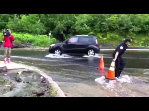 Flood gatineau june 24 2011 youtube for Haute zone gatineau