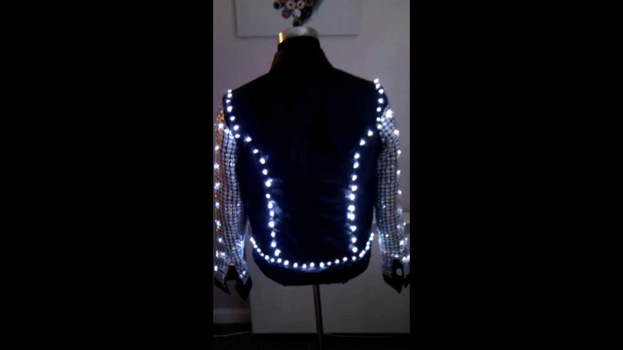 Replica 'Chris Jericho' Light Up Jacket - YouTube