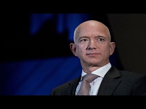 Jeff Bezos retains control of Amazon after divorce
