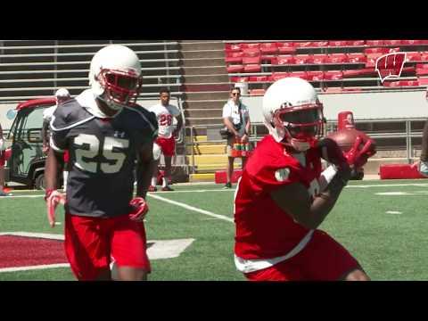 Wisconsin Football Presents, the Quarterbacks