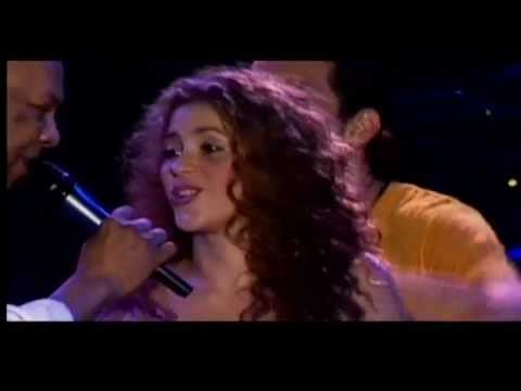 Tributo de Shakira para el Joe Arroyo
