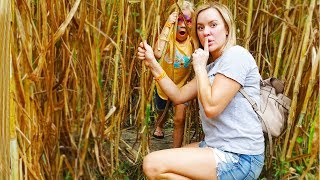 WE PLAY HIDE AND SEEK IN A GIANT CORN MAZE!! JESSE FREAKS OUT!