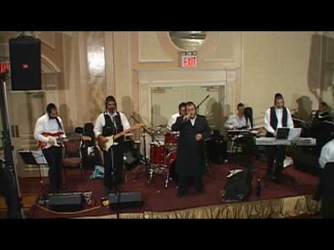 Levy Falkowitz and the Freilach Orchestra