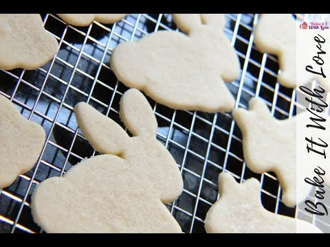 No Chill Rolled Sugar Cookie Recipe For Cut Out Sugar Cookies | Bake It With Love