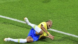 Mexico's Guardado calls for refs to deal with Neymar's diving
