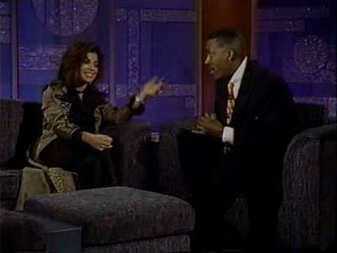 VIDEO Prince breaks a couple up on The Arsenio Hall Show Mail Online von YouTube · Dauer:  56 Sekunden