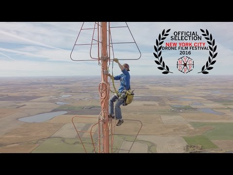 crazy-climbing-TV-tower-video