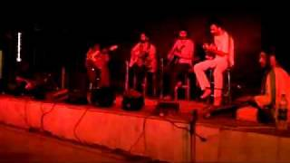 Alif Allah Meem Mohammad / Khatey Hoon na Peetay hoon (Live) - Positive