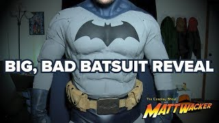 The Cosplay Show with Matt Wacker - Navy Batsuit Reveal!