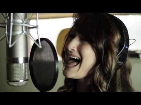 Stevie Rae Stephens - Let Me Go Official Music Video