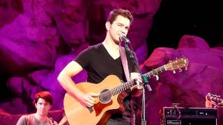 Andy Grammer -  Build Me A Girl - Wolf Den Mohegan Sun 10/2/11