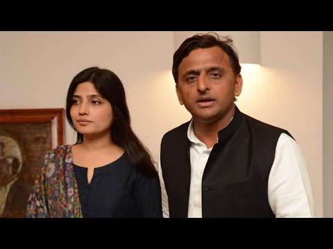 Only your wife stands by you in tough times: UP CM Akhilesh Yadav