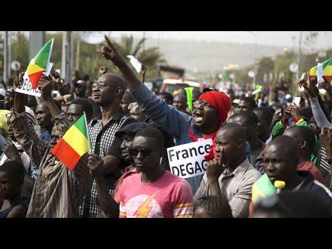 À Bamako, des Maliens réclament le départ de la force française Barkhane