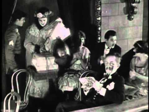 THE SHOW (1922) -- Larry Semon, Oliver Hardy