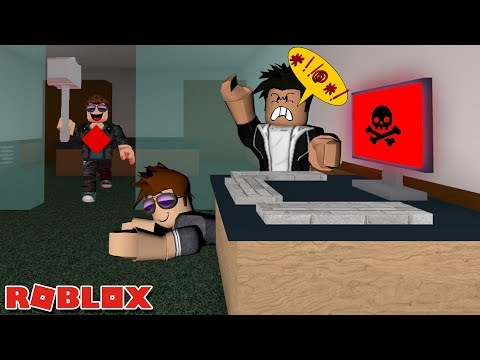 GANGING UP ON A HACKER! -- ROBLOX Flee the Facility