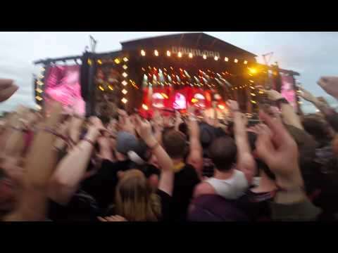 Avenged Sevenfold - Critical Acclaim (Download Festival 2014)