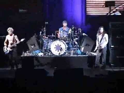 Red Hot Chili Peppers - Purple Stain [Live, Centre Bell - Canada, 2003]
