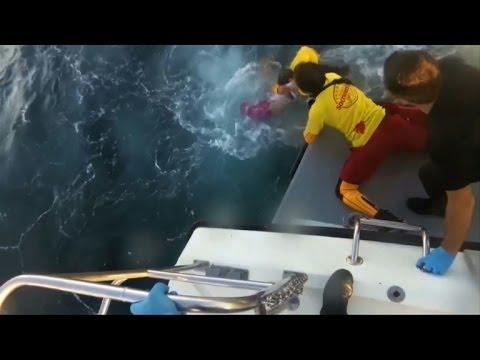 Greek coastguard rescues migrants, children off Lesbos