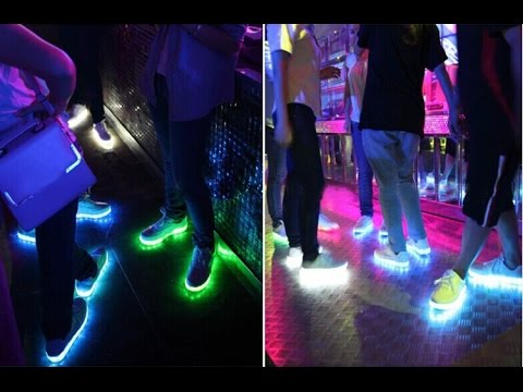 Светящиеся кроссовки с LED подсветкой - YouTube