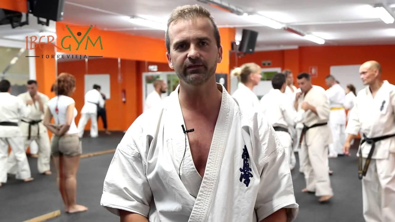 Clases kyokushin karate torrevieja master 3 gimnasio for Gimnasio torrevieja