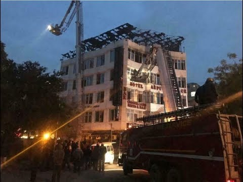 17 dead and several injured as fire rips through Delhi hotel Mp3