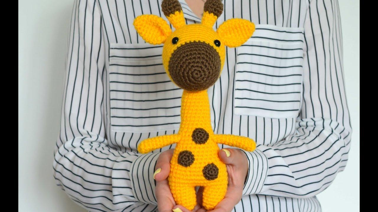 жираф связанный спицами