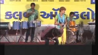 Gujarati Garba Songs Tina Rabari - Lions Club Kalol - Day 4 - 2012 - Part 19