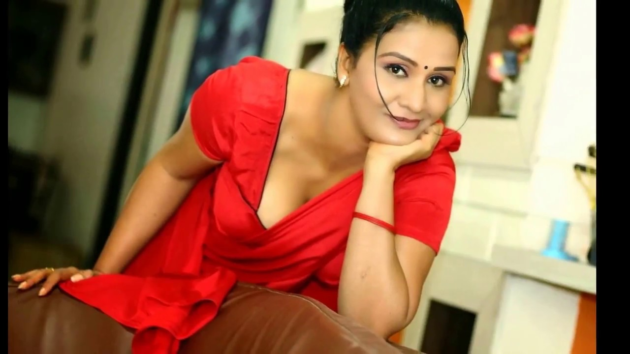 Hot Aunty Apoorva Latest Photoshoot In Red Saree