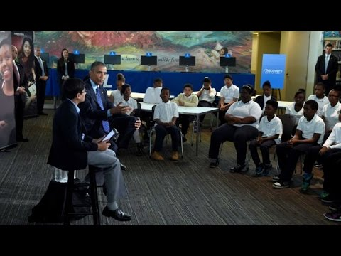 President Obama Meets with Students at Anacostia Library