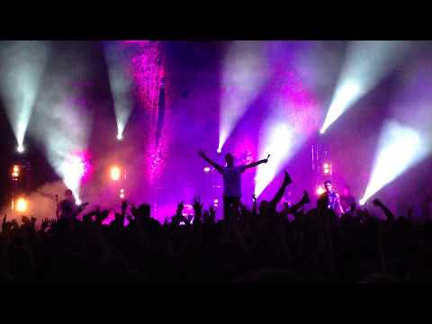 The Amity Affliction - Life Underground (Live At Riverstage, Brisbane. 17th October, 2013)