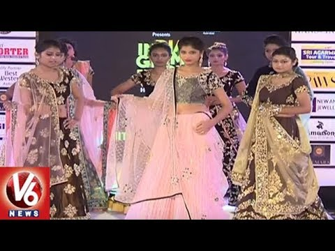 India Glam Fashion Week Season 2 : Transgenders Cat Walk On Ramp | Hyderabad | V6 News